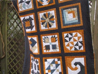 Quilt Along 6 Köpfe – 12 Blöcke – der fertige Quilt
