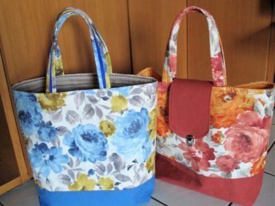Blumige Einkaufstaschen